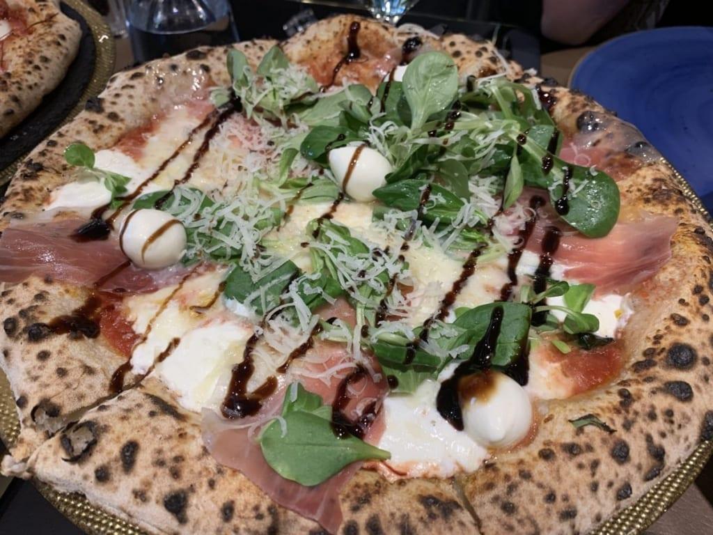 Pizza u Franko's pizzeriji
