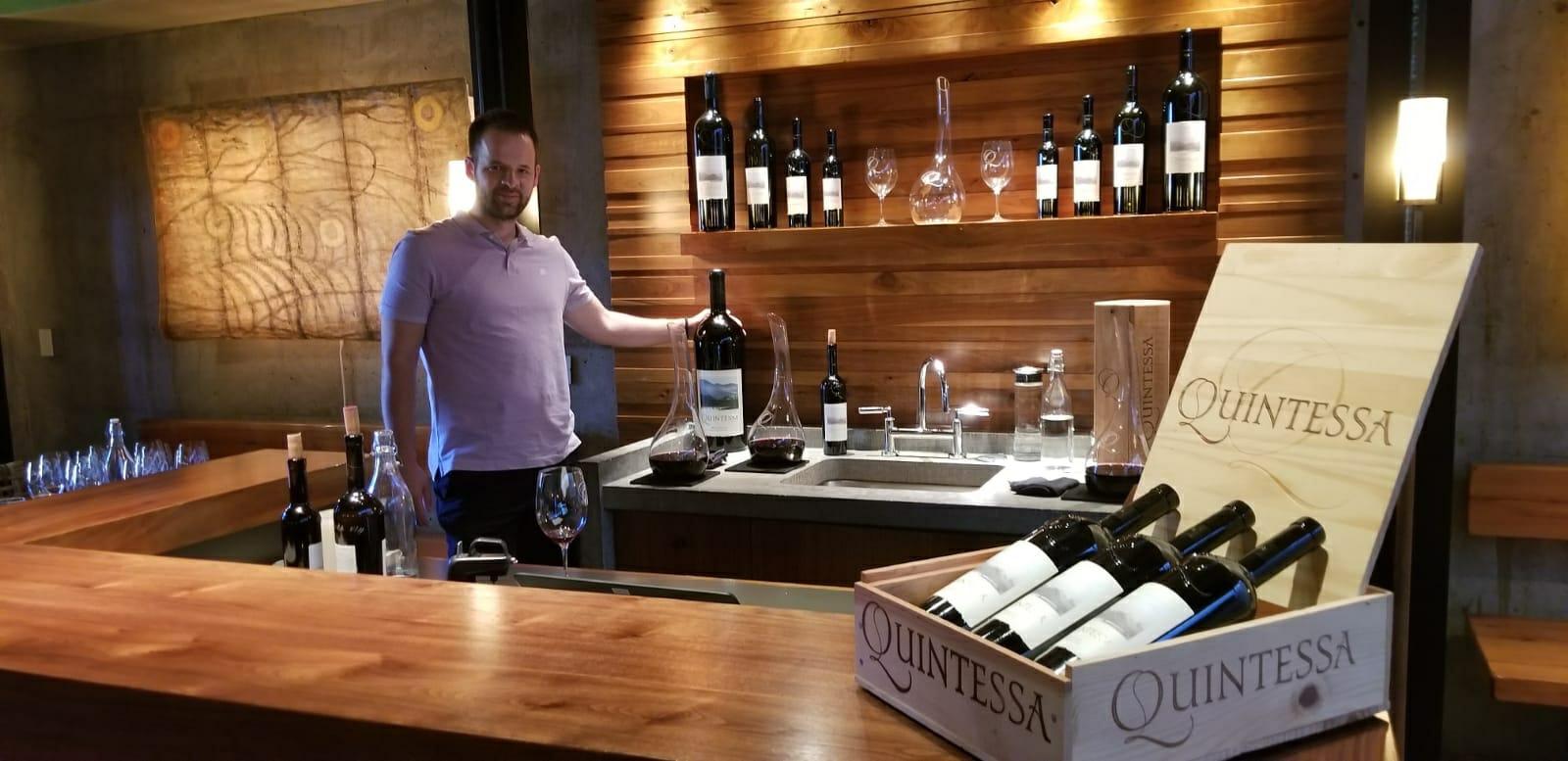 Marko Kalezić u vinariji Quintessa