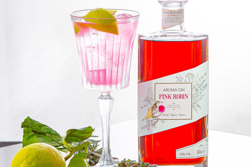 Pink Robin Gin tonic